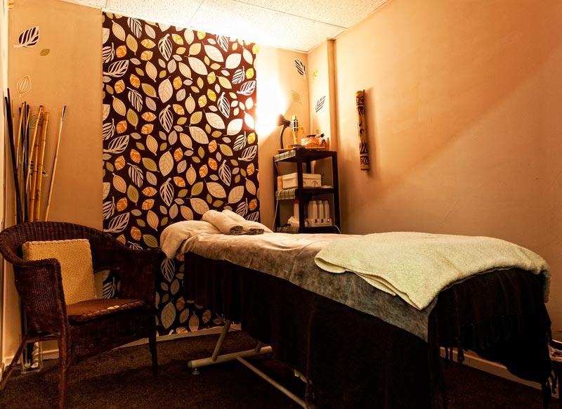 dise o del espacio en una cabina cosmetolog a y spa. Black Bedroom Furniture Sets. Home Design Ideas